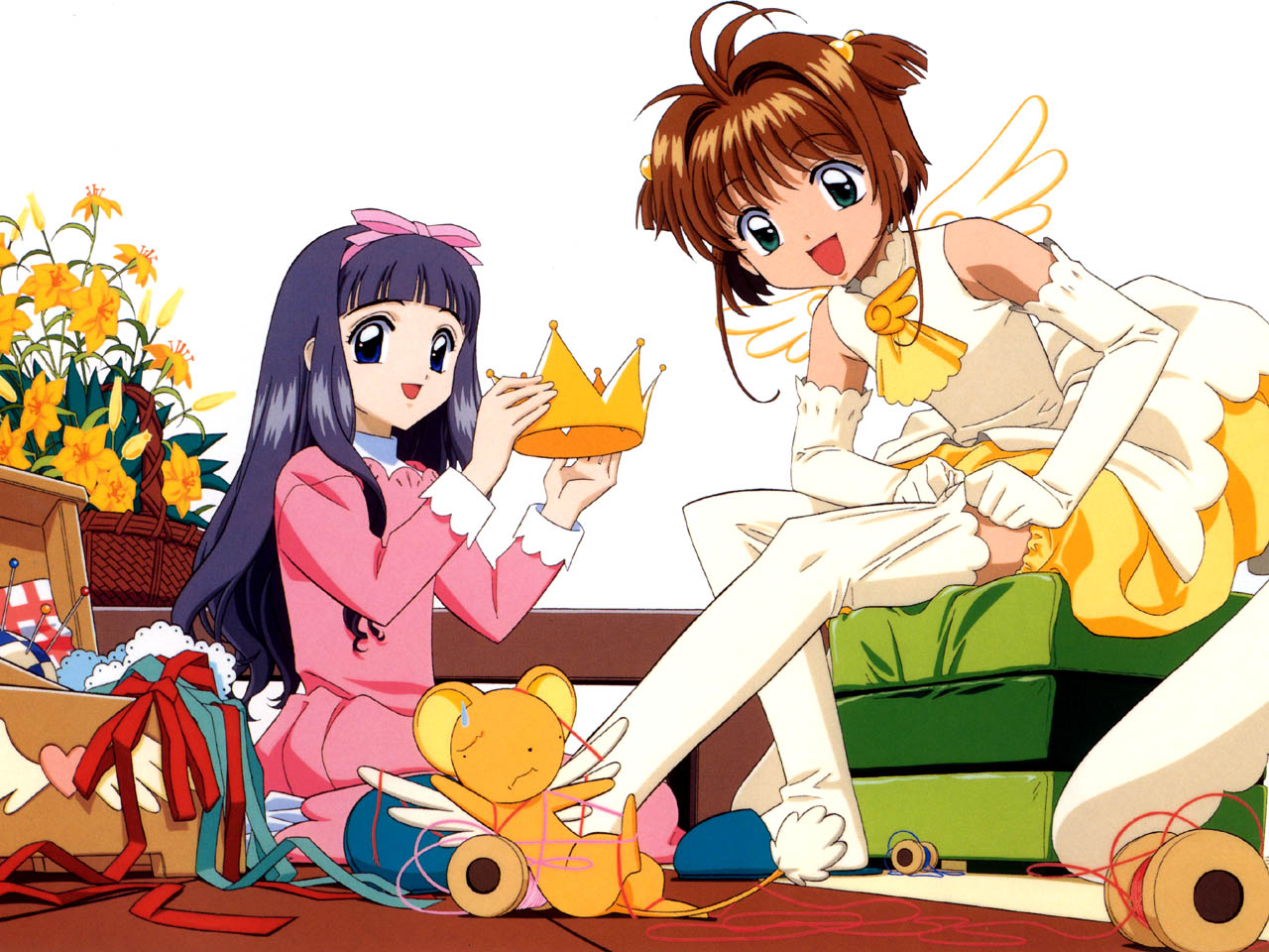 Tomoyo making Sakura a battle costume